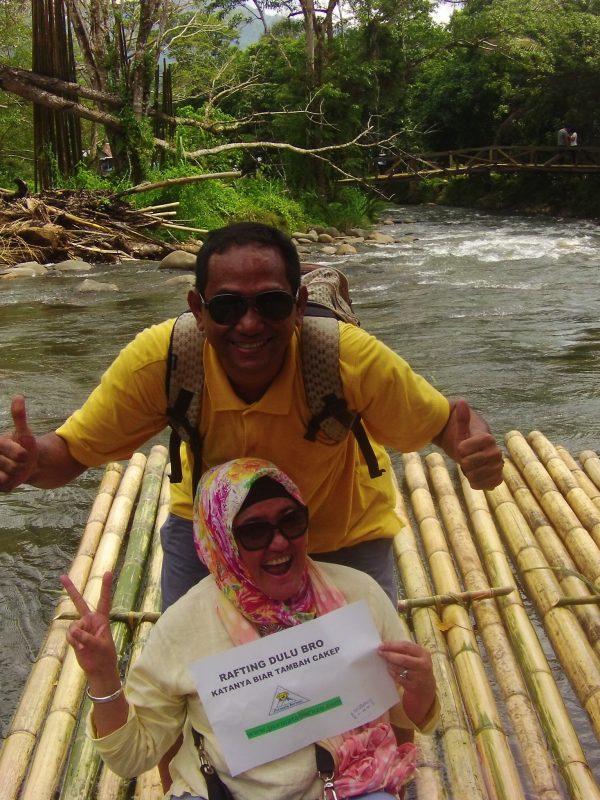 Permata Borneo: Bamboo Rafting Loksado